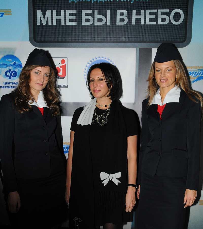 Алика Смехова к полету готова