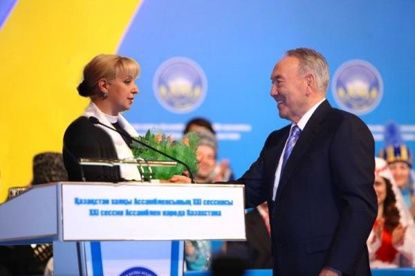 Назарбаев наградил российского режиссера