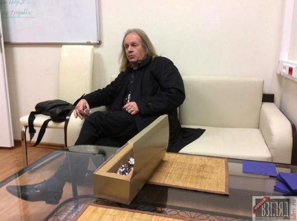 Крис Кельми в студии