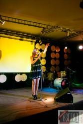 На сцене «Форте» – певица Ирина Николаева.