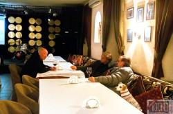 Легенды: Андрей «Вася» Васильев, Евгений Ю. Додолев, Александр Гафин знают толк в вине.