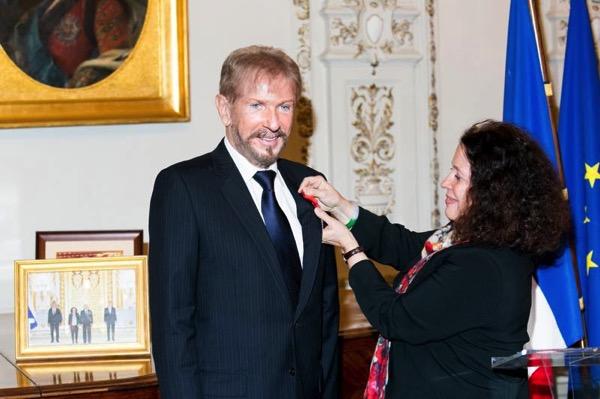 Андрей Деллос и Сильви Берманн  награждение