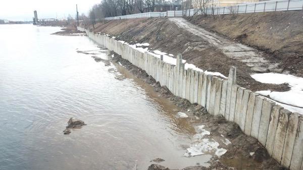 Укрепление берега шпунтовыми конструкциями