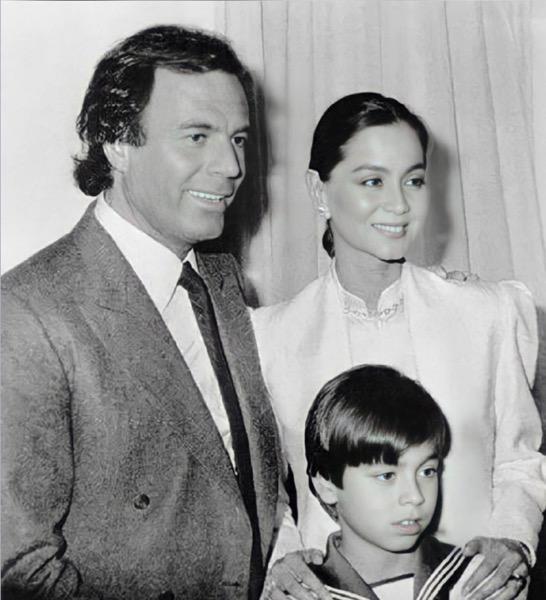 Энрике Иглесиас и Хулио Иглесиас