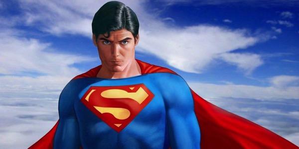 Супермен восстал супергеем